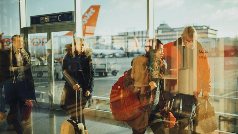 Tui: stop voli in Campania fino ad agosto