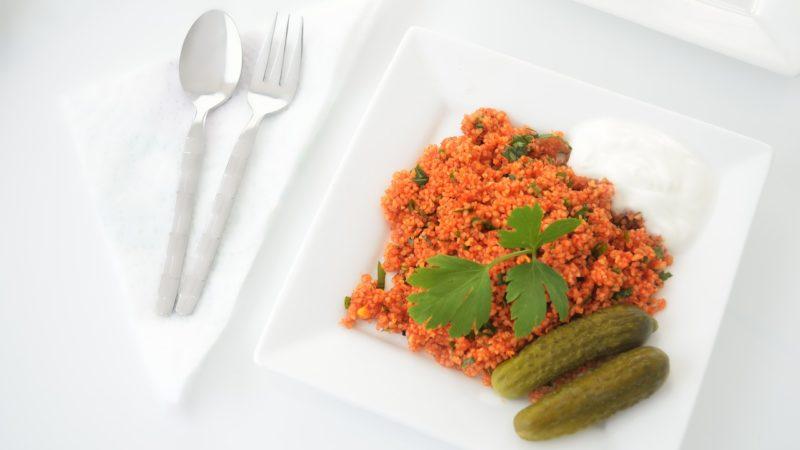 Insalata di burghul con carote e ravanelli: la ricetta
