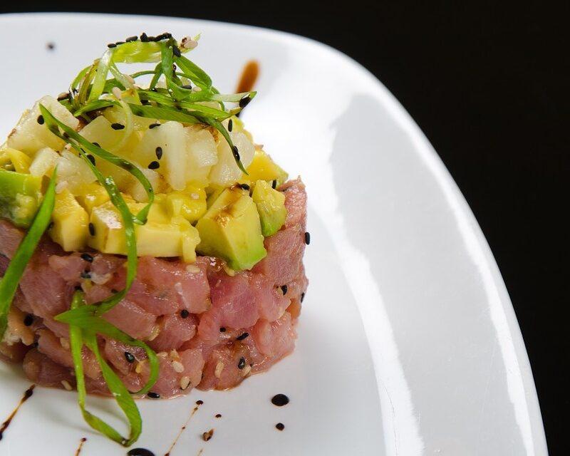Tartare di tonno rosso e avocado: la ricetta