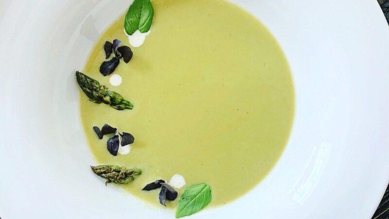 Zuppa di asparagi: la ricetta