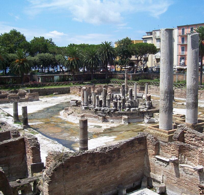 Macellum di Pozzuoli- Tempio di Serapide